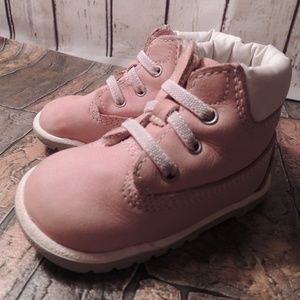 baby girl pink Timberland boots size 3